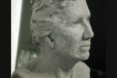 woman_bust_side_view